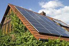 solar-panel-on-roof-with-caption-318211